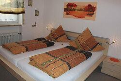 Schlafzimmer in der Ferienwohnung Tannenblick